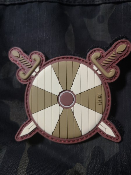 Viking Shield, swords, green (JTG)